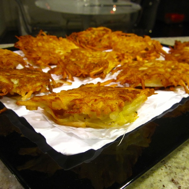 sandi's potato latkes finished